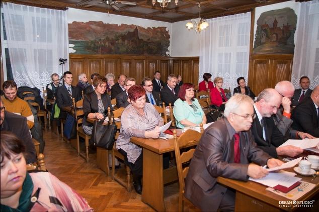 I-sesja-Rady-Miejskiej-2014-(1).jpg