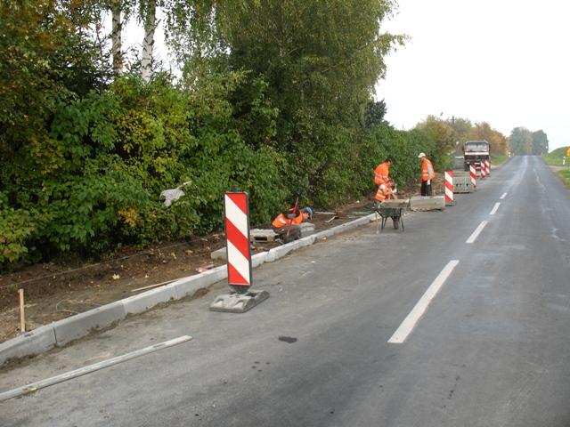 Chodnik-ulica-Kolejowa.JPG