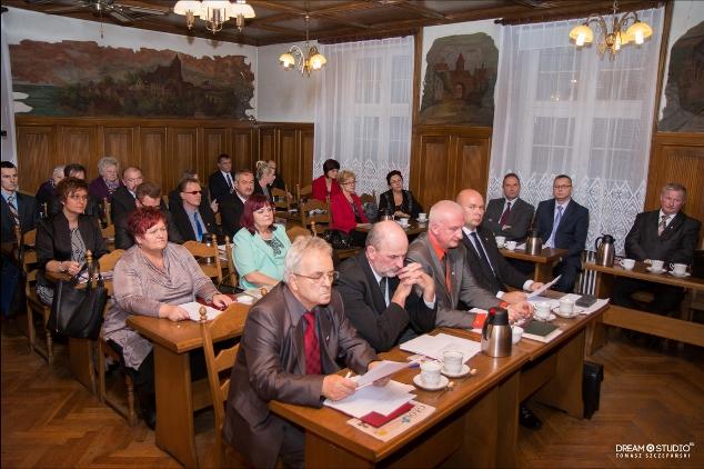 I-sesja-Rady-Miejskiej-2014-(2).jpg