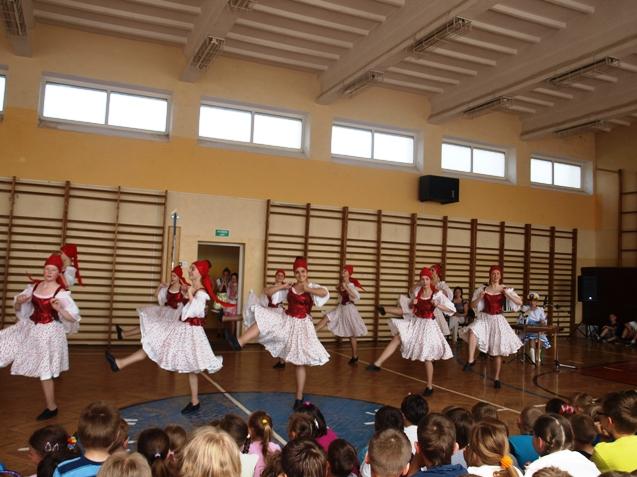 wystep-uczniow-z-Białorusi.JPG